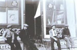 Beverly General Store, circa 1925 - Photo courtesy Hunter Family