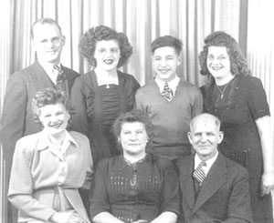 Nimeck Family - 1947 (Back row from left) John, Lily, Max, Irene | Front row from left) Emily, Agnes, Mike